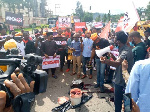 Nigerians demanding for the end of SARS