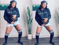 Singer Simi dancing to her smash hits, Duduke