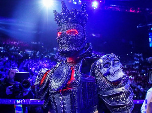 Deontay Wilder in the 45-pounds costume