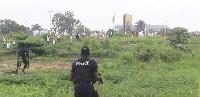 Policeman killed in calsh between rival Muslim groups