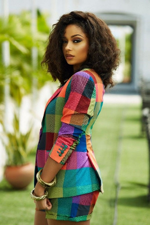 Lola Rae is a Nigerian-born singer and dancer of Ghanaian and British descent