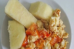 Egg sauce with boiled yam
