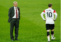 Wayne Rooney and Sir Alex Ferguson at the 2011 Champions League final against Barcelona | Reuters