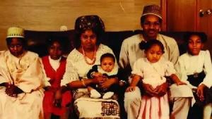President Muhammadu Buhari with his first wife Safinatu Buhari and children