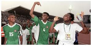 Nwankwo Kanu and Daniel Amokachi