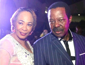 L-R: Risikat Adegeye and King Sunny Ade