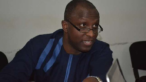 Mr Laolu Akande