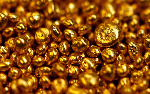 Gold maintains shine after advancing for two days