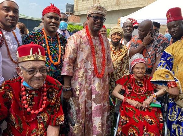 Mrs Viola Floyd Fletcher and her brother, Hughes Van Ellis with members of the Nigerian community