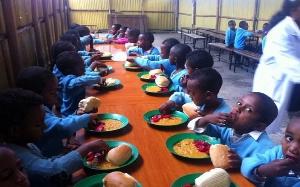 feeding pupils