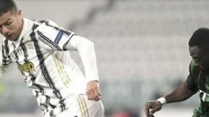 Abraham Frimpong tackles Cristiano Ronaldo