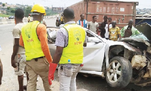 Federal Road Safety Corps accessing the accident on the road