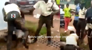 Kaduna State Traffic Law Enforcement Authority beats up a cab driver